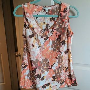 Sleeveless flowery top